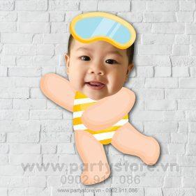 Chibi cho bé trai thích lặn