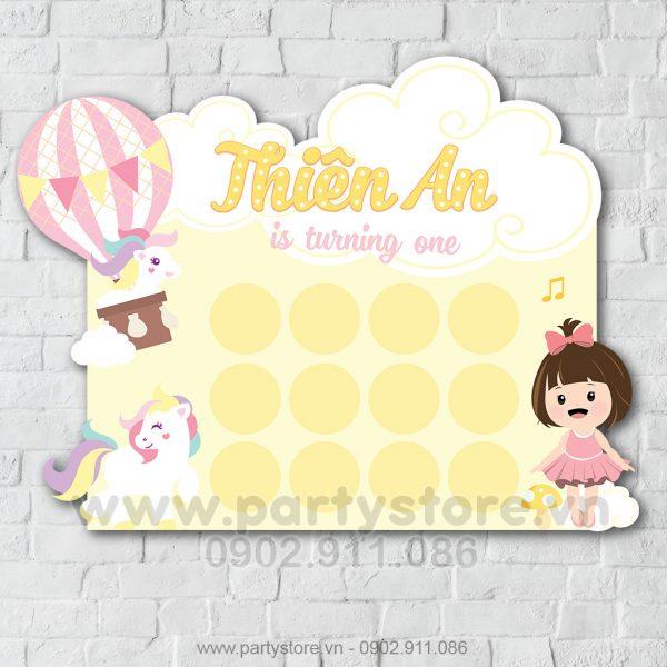 Khung hình 12 tháng bé gái màu hồng & Unicorn