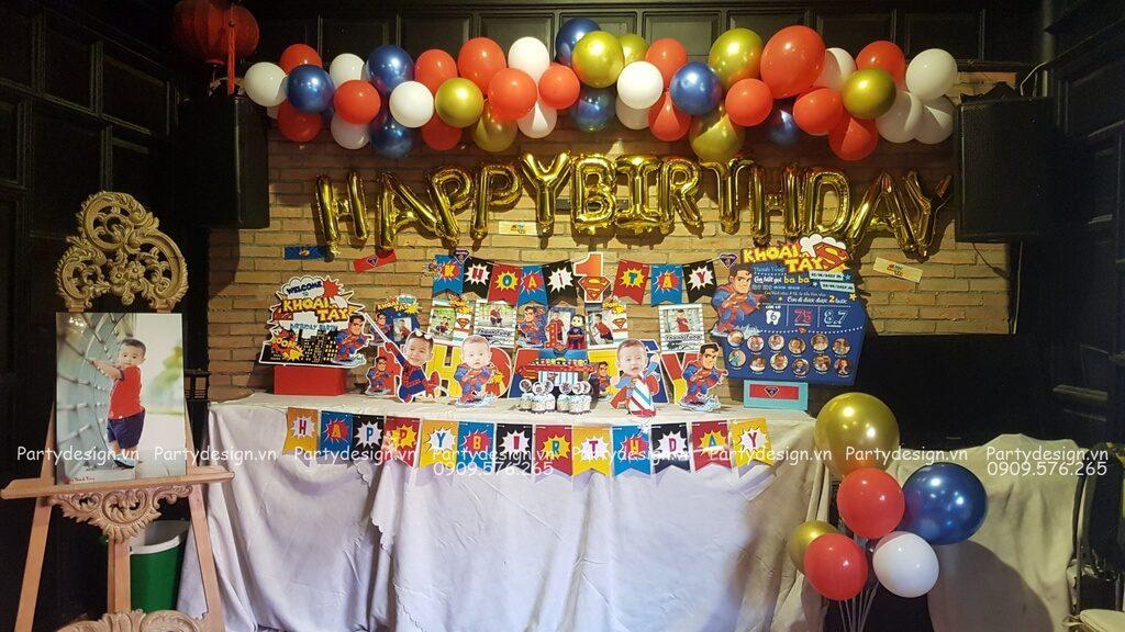 Tự trang trí sinh nhật cho bé trai chủ đề Siêu Nhân Super man