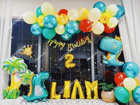 Trang trí sinh nhật cho bé trai chủ đề khủng long tại nhà
